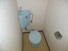 アーバン香椎A 103号室のトイレ