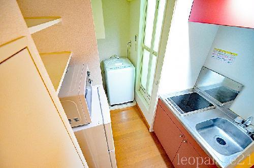 レオパレスKY 205号室のキッチン