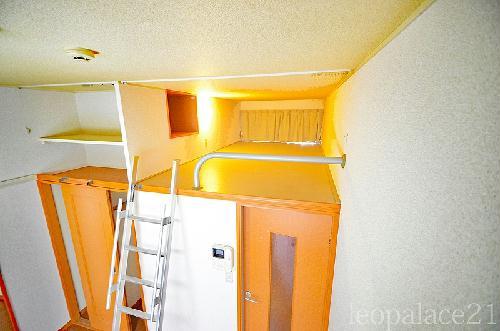 レオパレスKY 205号室の収納