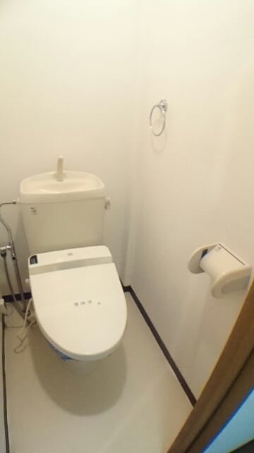 レスポアール城南 01020号室の洗面所