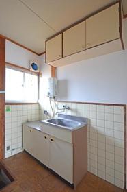 西友コーポD棟 205号室のキッチン