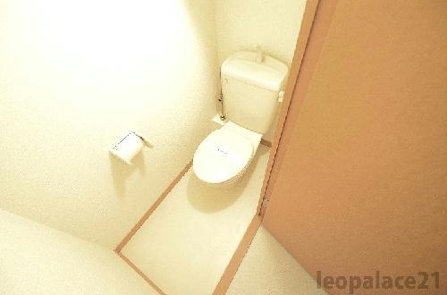 レオパレス田村 108号室のトイレ