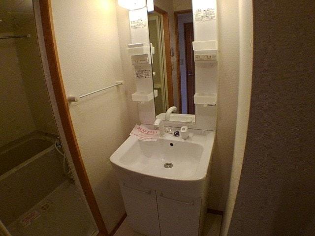 ウイング・ロード 03070号室の洗面所