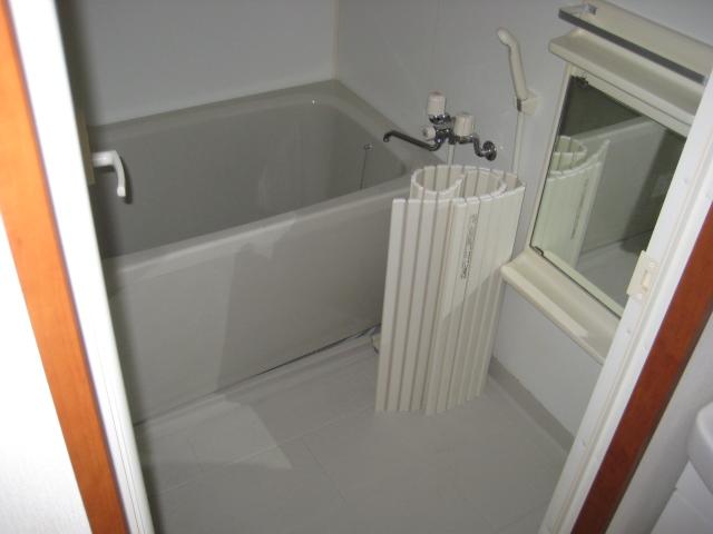 旭屋 302号室の風呂