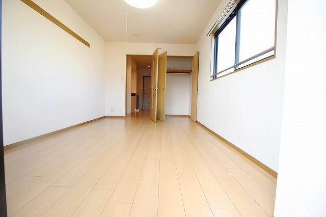サニ-ヒル 03010号室のリビング