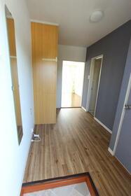 ドリームパレス香椎Ⅱ 0205号室の玄関