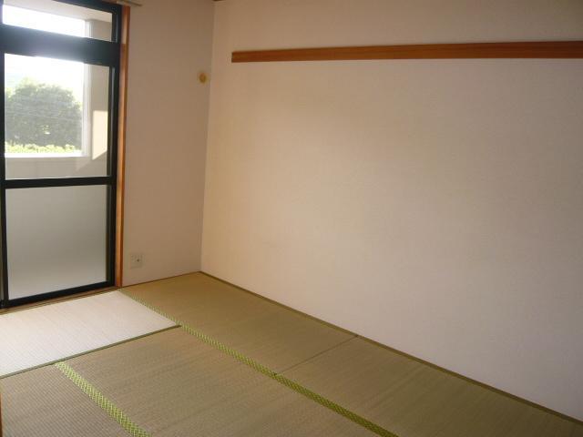 SUE STATIONハイツ 201号室の居室