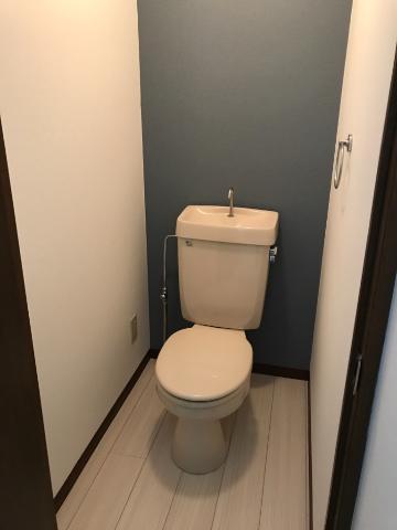 SUE STATIONハイツ 201号室のトイレ