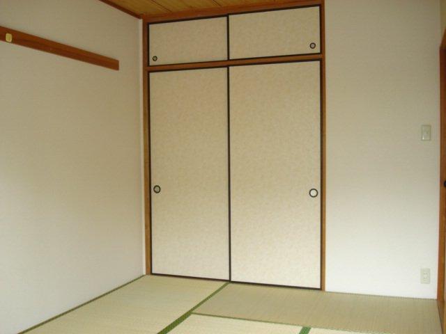 SUE STATIONハイツ 201号室のベッドルーム