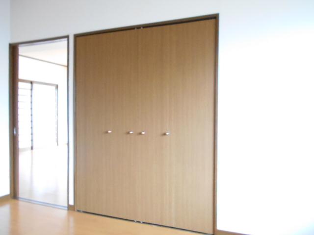 エクセルガーデン 206号室の収納