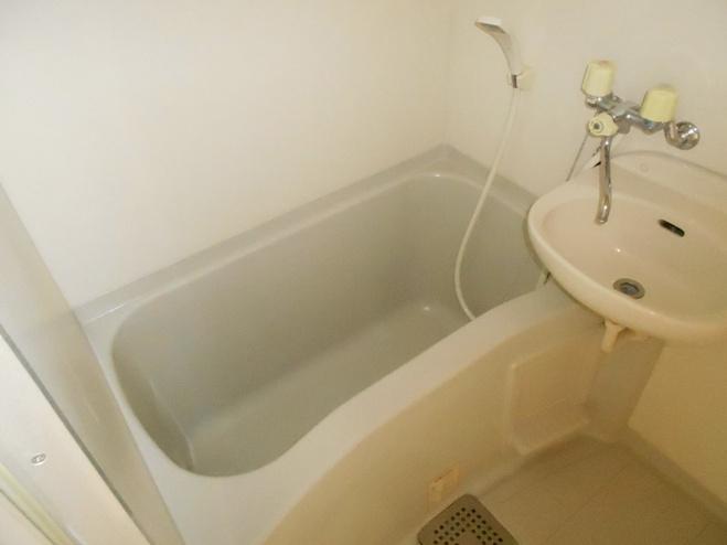 スプリングイセヤマ 603号室の風呂