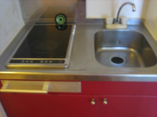 レオパレスエストーディオ 201号室のキッチン
