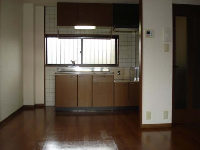 SUE STATIONハイツ 101号室の洗面所
