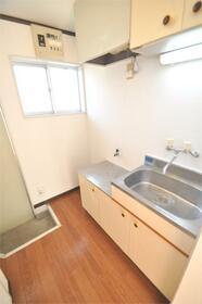 シルクハウス西片江 101号室のキッチン