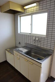 PLEAST田島Ⅱ 302号室のキッチン
