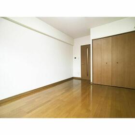クリスタルビル 302号室のその他