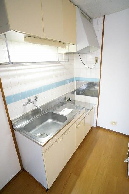 サンライフホリゴメA 01040号室のキッチン