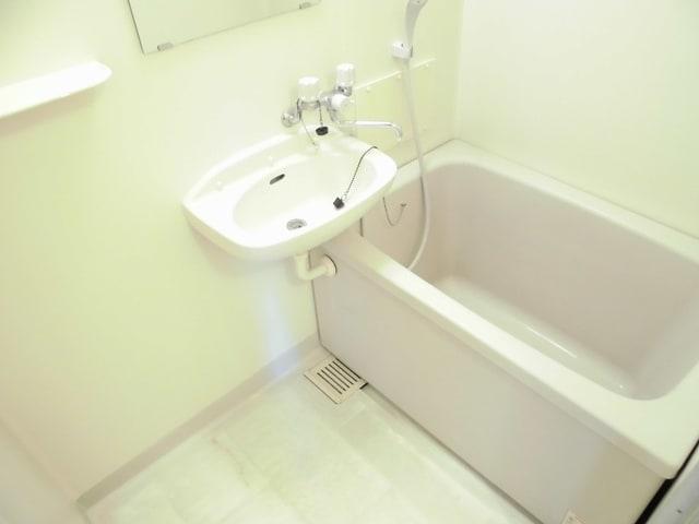 サンライフホリゴメA 01040号室の風呂