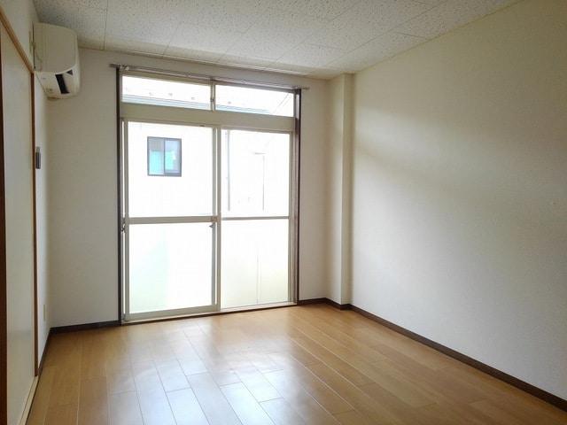 トキタハイツ 02020号室のリビング