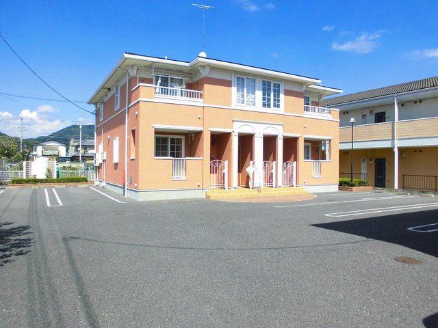 ペイ・ナタルA 02010号室の駐車場