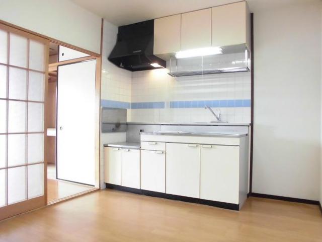 ニューマリッチ石川壱号館 03020号室のキッチン