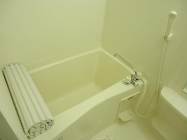 グレイス・ワン 205号室の風呂