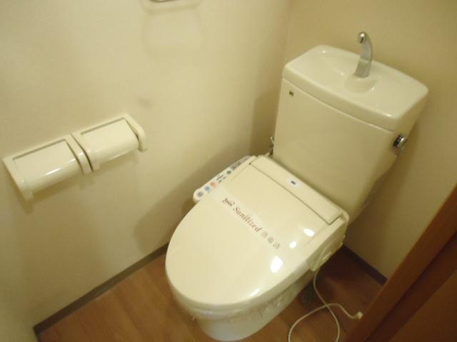 グレイス・ワン 205号室のトイレ