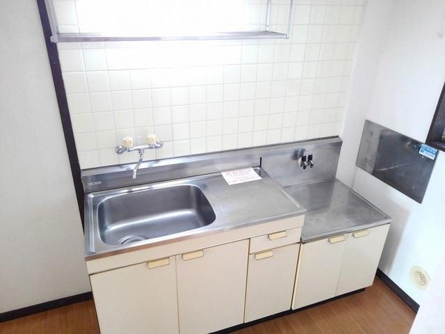 シティハイツ丸山 02020号室のキッチン