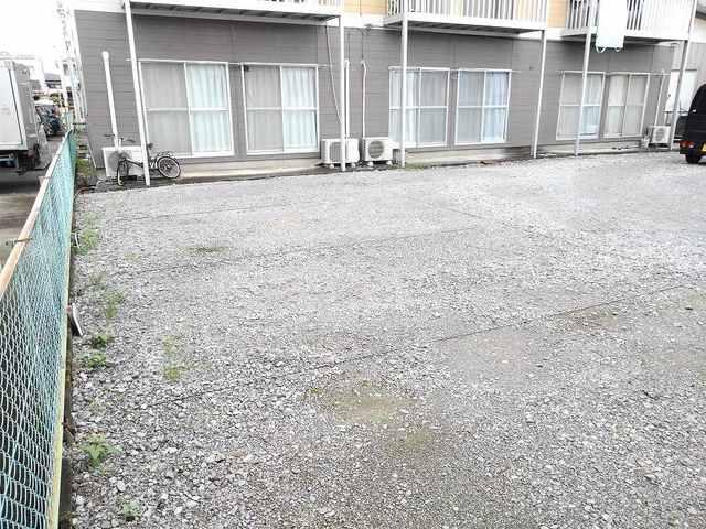 シティハイツ丸山 02020号室の駐車場
