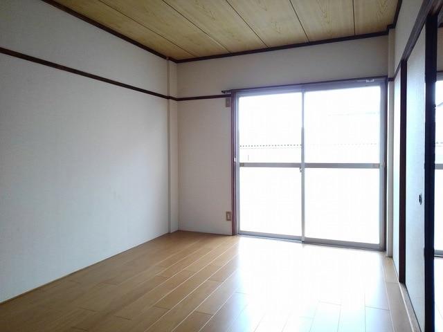 シティハイツ丸山 02020号室のベッドルーム