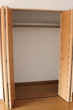 アリスト・ヴィラK A棟 202号室の収納