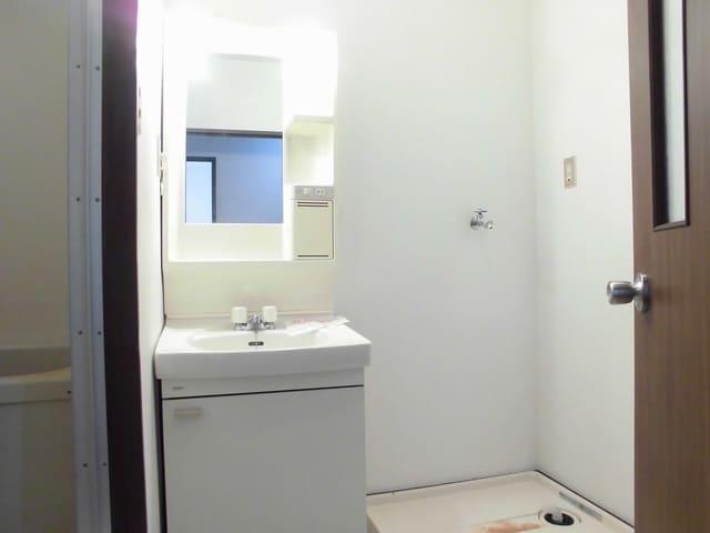 ニューマリッチ石川壱号館 02050号室の風呂