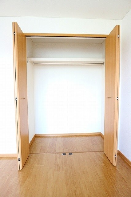 ヴィラ アンベル 02020号室の収納