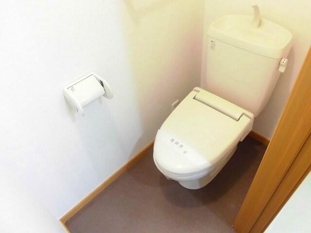 ヴィラ アンベル 02020号室のトイレ
