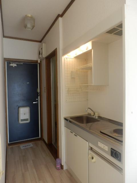 メゾン・ド・KS 105号室のキッチン