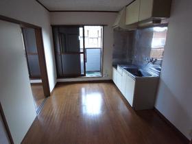 松風荘 102号室のキッチン