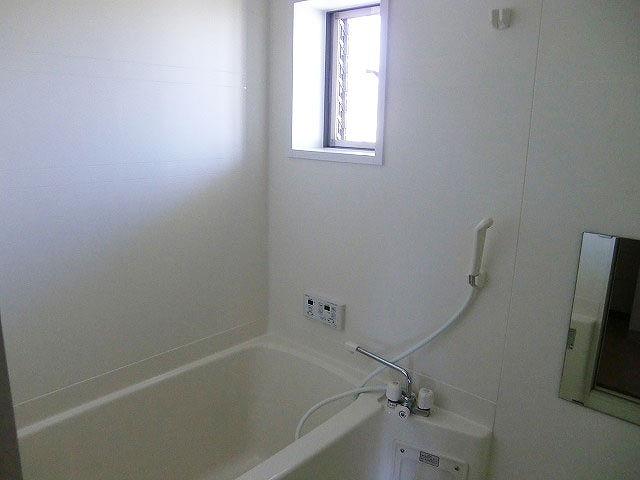 アビタシオン駅南A 102号室の風呂