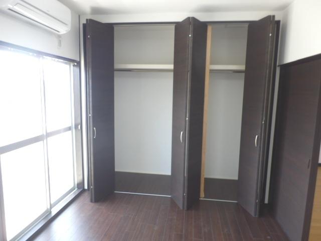 サンテラス藤田 205号室の収納