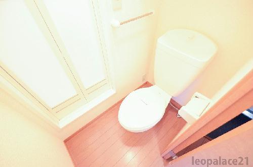 レオパレスKアンドS 206号室のトイレ