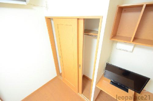レオパレスKアンドS 206号室の収納