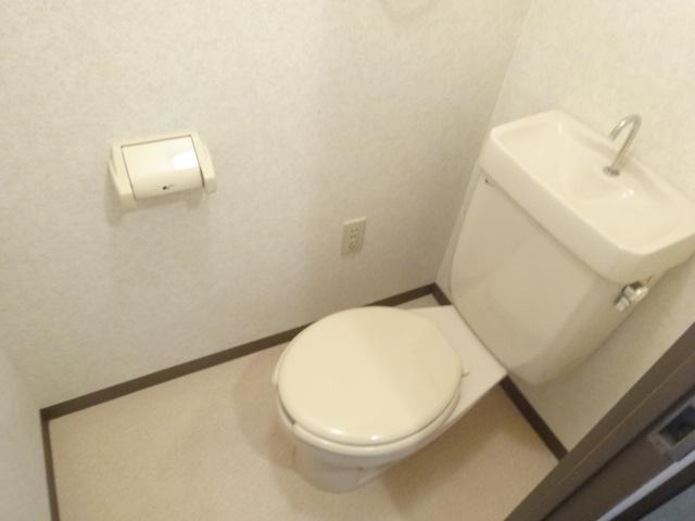 セント・ルークルス 306号室のトイレ
