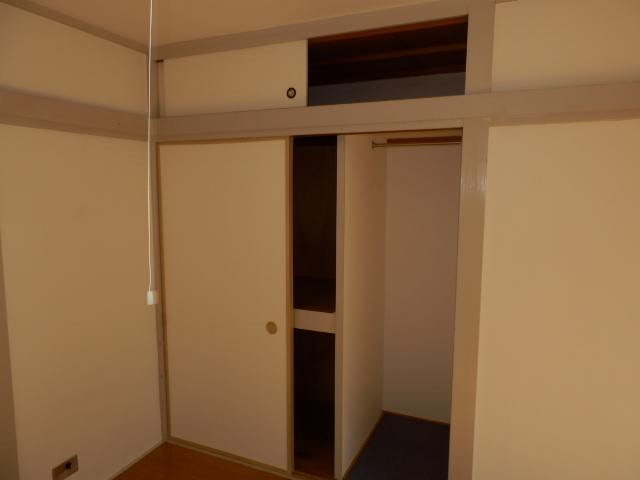 コーポ・ハセ 304号室の収納