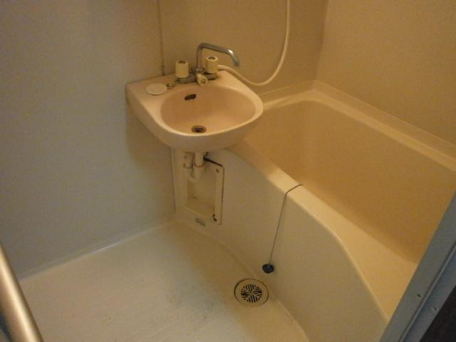 アーバンレジデンス 301号室の風呂