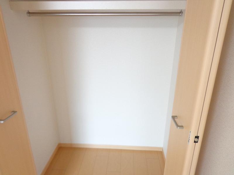 メゾンドシャンテール 02030号室の収納