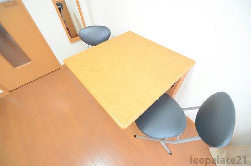 レオパレスKアンドS 203号室のその他