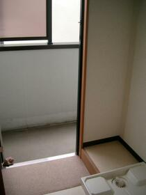 メゾン吉田 104号室の玄関
