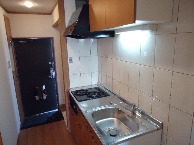 モアクレスト 105号室のキッチン
