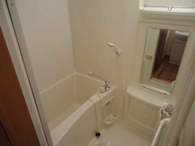 モアクレスト 105号室の風呂