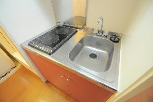 レオパレスHM 206号室のキッチン