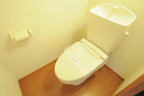 レオパレスHM 206号室のトイレ